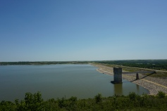 Tuttle Creek Dam